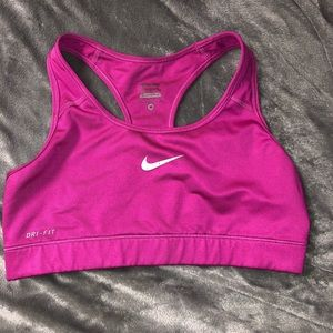 Women's Nike pro sports bra medium